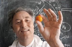 O χημικός Herve This, θεμελιωτής της μοριακής κουζίνας